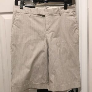 Banana republic women's Bermuda shorts